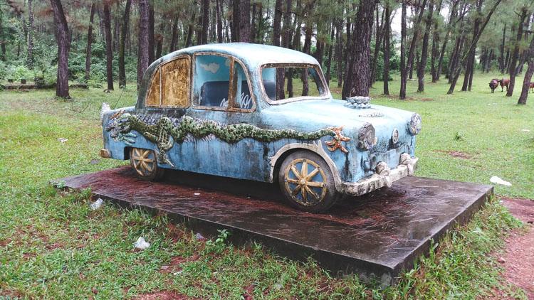 speelgoed auto waterpark Hue in vietnam