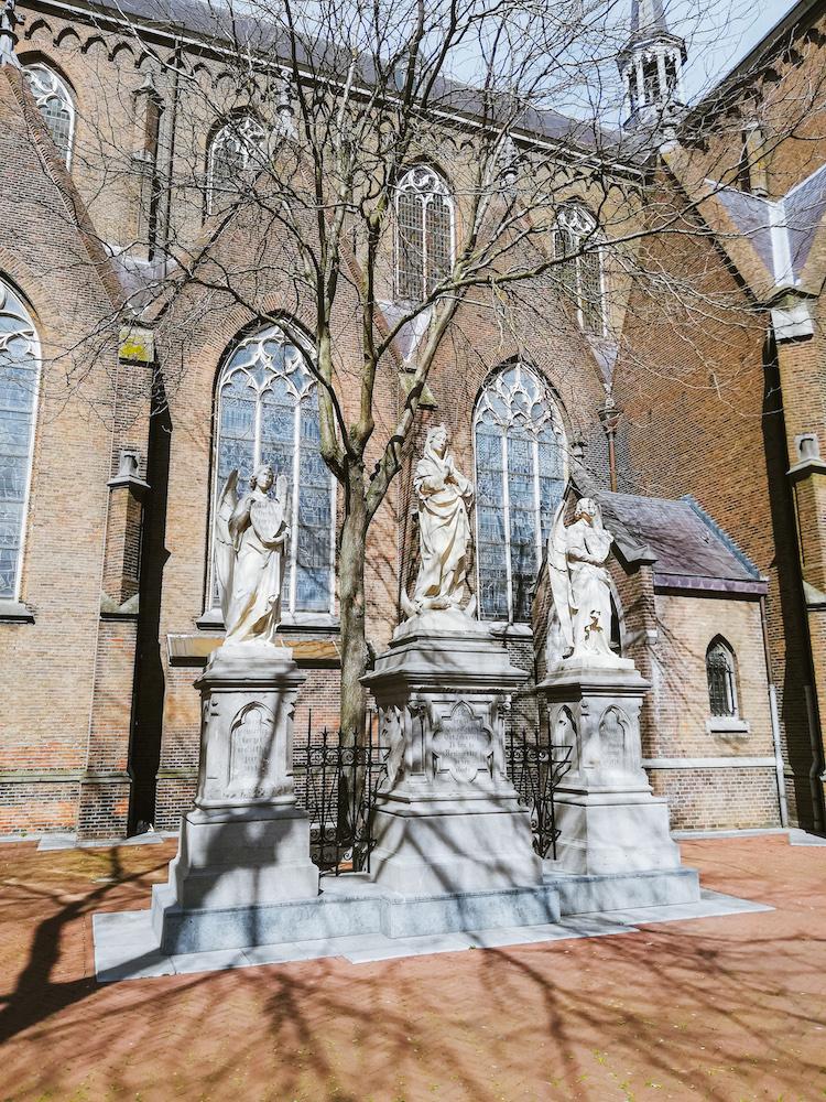 stads wandeling oss kerk