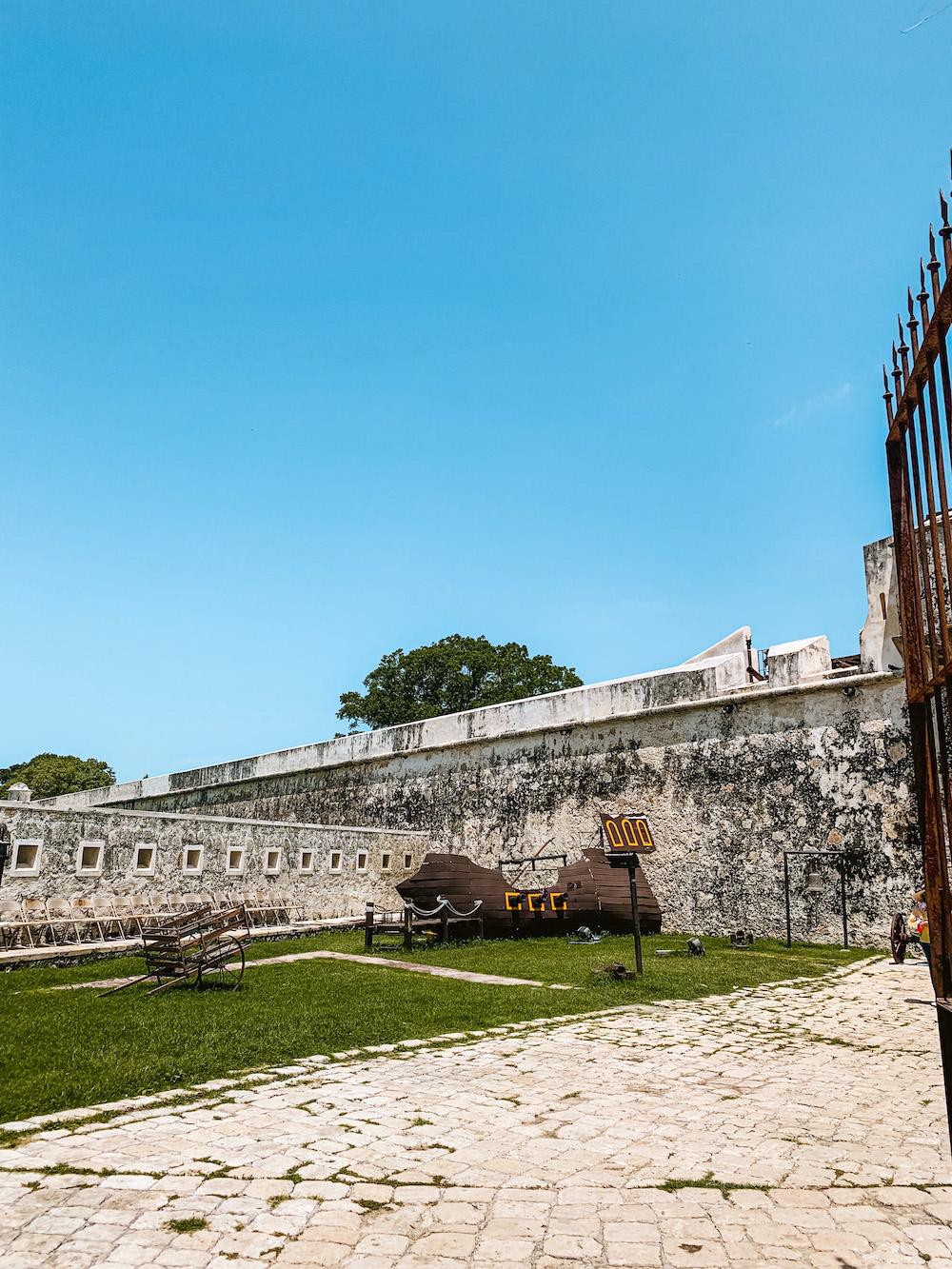 Campeche yucatan mexico muur