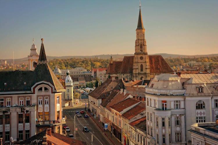 steden in roemenie combineren festival