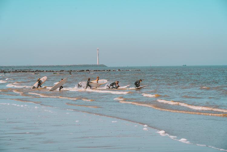 surfen mooiste strand belgie bredene