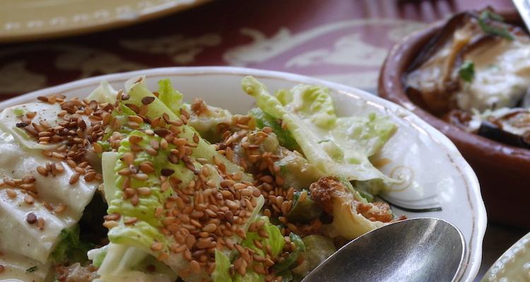 tahini salade eten in jordanie