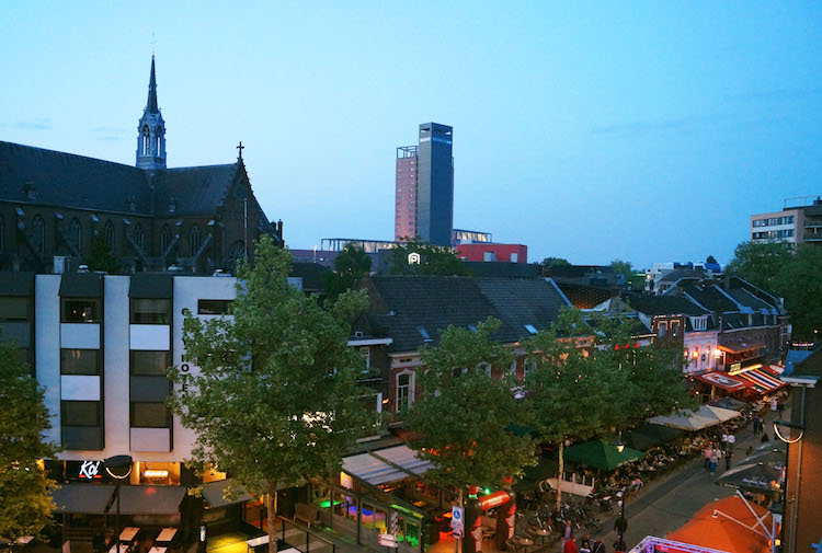tilburg wat te doen Slapen Centrum Uitgaan