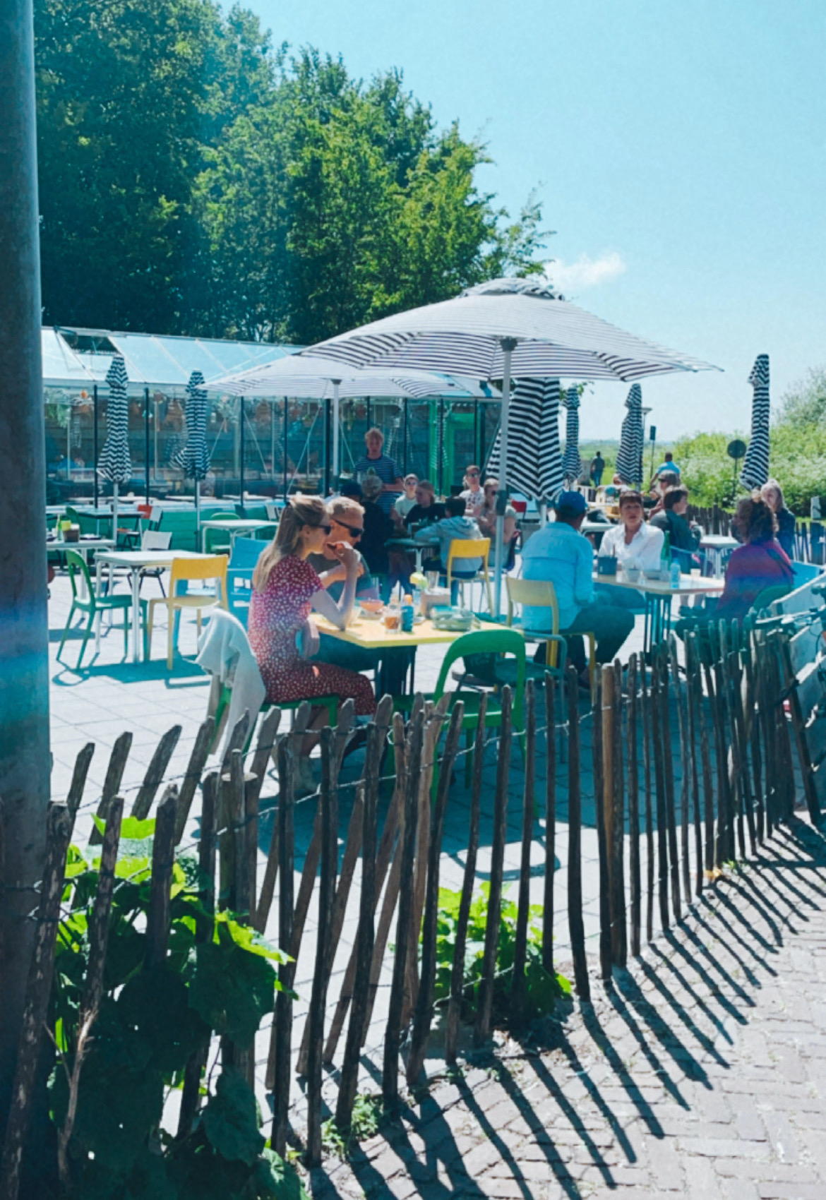 vaarvakantie in friesland stop bij picknickers terherne