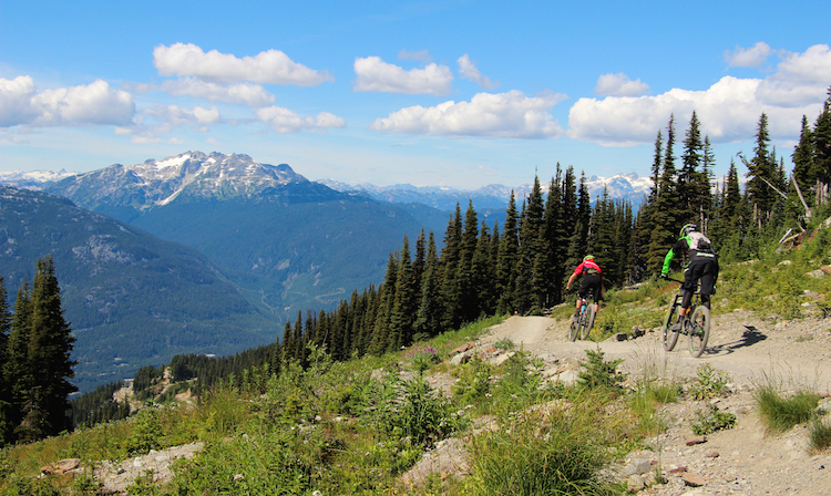 vancouver-hiking-whistler-canada