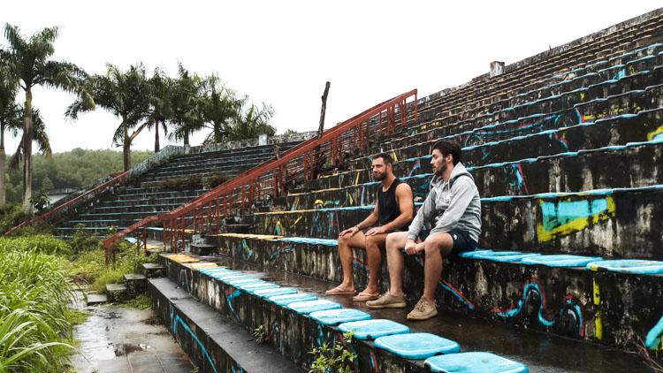 verlaten waterpark Hue tribune