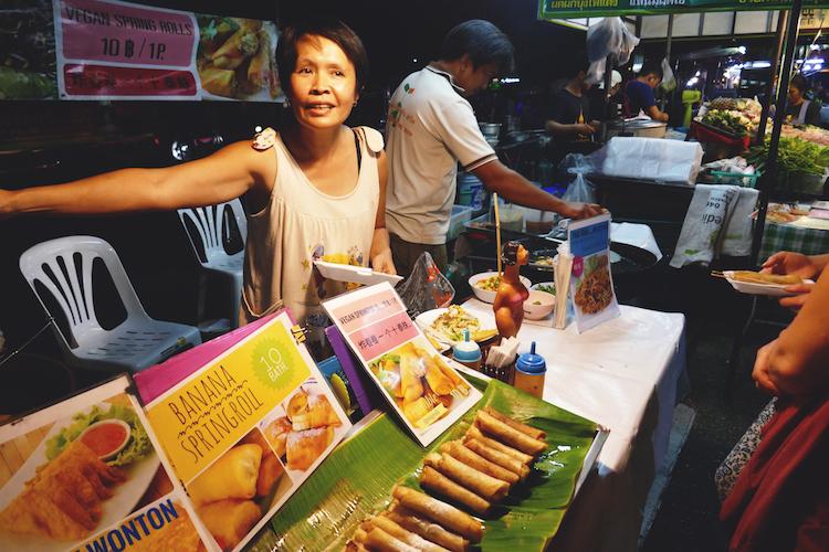 wat te doen in Chiang Mai streetfood