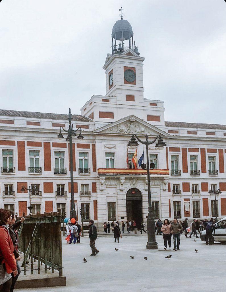 wat te doen in madrid Plaza Mayor