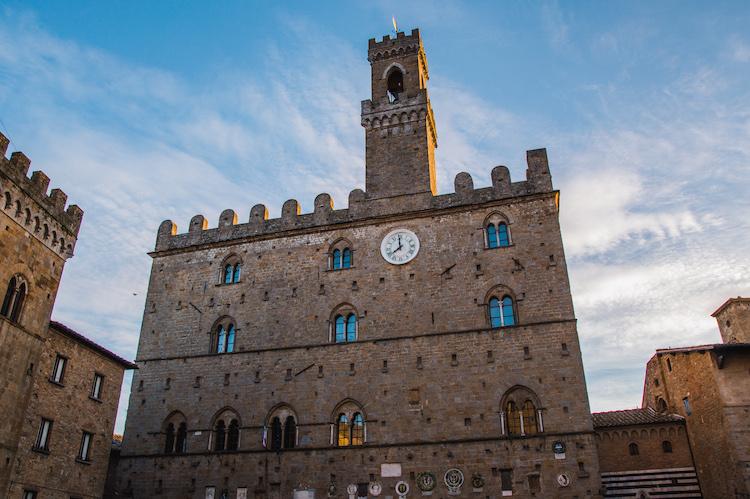 wat te doen in volterra bezienswaardigheden het Palazzo