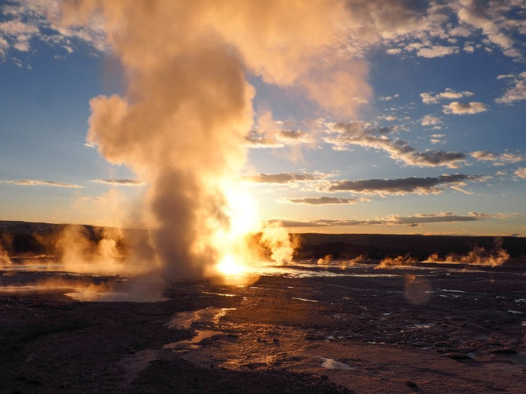 Wat te doen in yellowstone zonsondergang