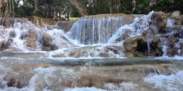 watervallen jamaica Dunns River Waterfalls