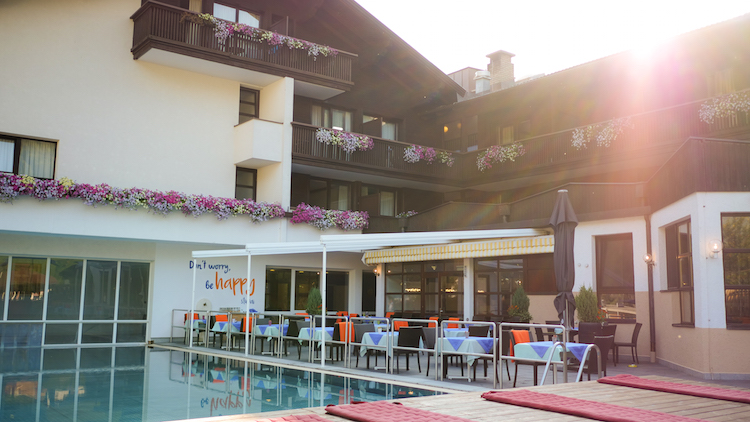 zomervakantie stubaital happy stubai hotel